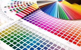 4 C-Farbmuster-Buch und HKS- und Pantone-Fabfächer
